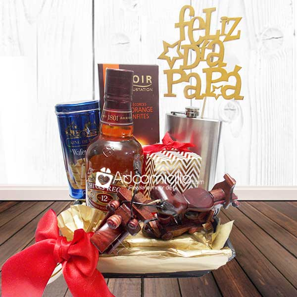 Set Lujo Whisky chivas regal coleccionable Feliz dia papá