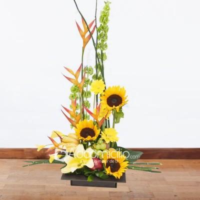Arreglos Florales Bogota Frutal Con Girasoles