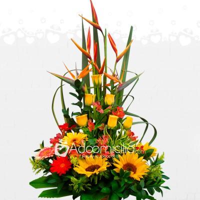 Flores Para Regalar Arreglo Floral Girasoles Rosas Y Gerberas A Domicilio En Pereira